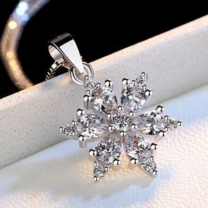 Jewelry - S925 snowflake necklace for women